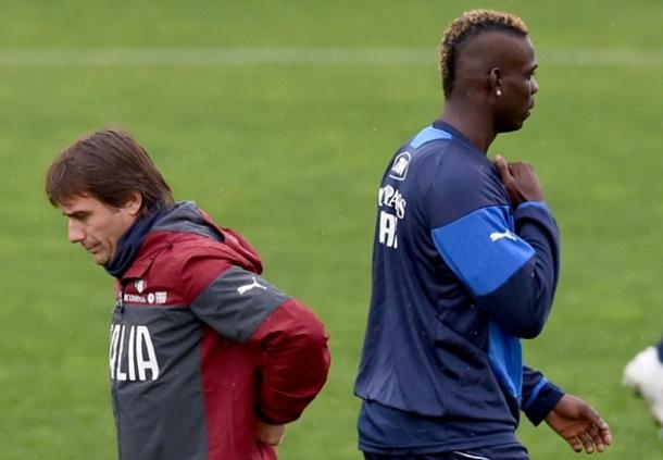 Antonio Conte Akui Jika Tidak Miliki Waktu Urus Mario Balotelli