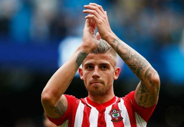 Southampton Akan Berusaha Dapatkan Bek Athletico Madrid